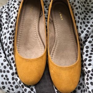 Old navy Flats size 8